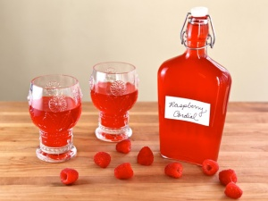 Anne-of-Green-Gables-Raspberry-Cordial-